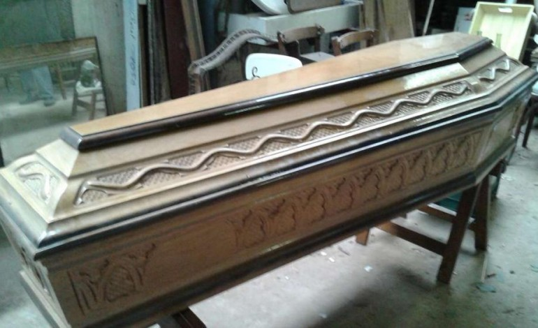 Basse Cercueil Table En Recyclez Votre oeBWxQrCd