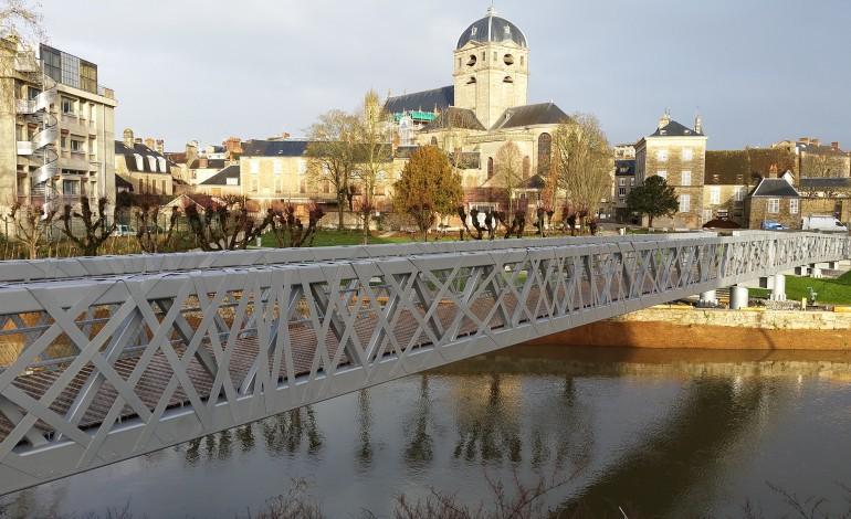 Alençon : inauguration de la nouvelle passerelle sur la Sarthe