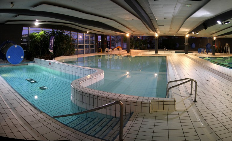 bihorel la piscine ne sort plus la t te de l 39 eau
