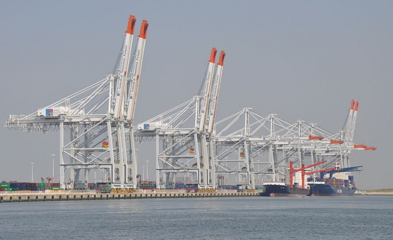Greve Au Port Du Havre Le Trafic Arrete Toute La Matinee