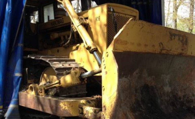 Un transport de bulldozer intercepté près de Mortagne au Perche