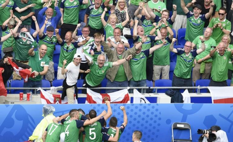 Euro 2016 - L'Irlande ne perd pas le nord sous l'orage