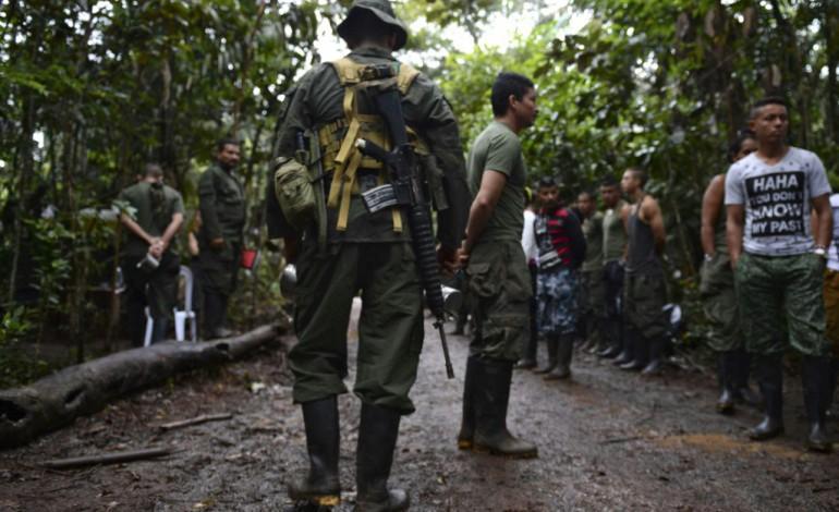 Carthagène (Colombie) (AFP). La Colombie signe un accord de paix historique avec les Farc