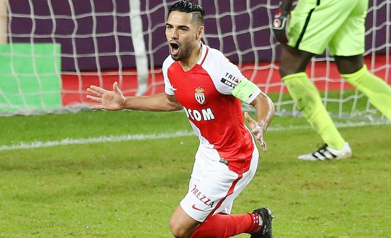 Ligue 1: Monaco flambe, Lyon engrange, Lille coule