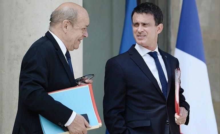 Quand le très fidèle Le Drian se met à envisager Valls candidat
