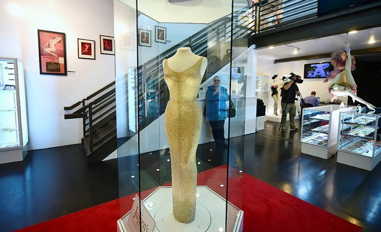 "La robe de Marilyn du ""Happy Birthday"" à JFK vendue 4,8 M de dollars"