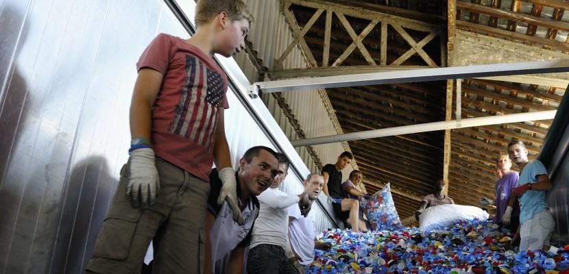 220 tonnes de plastique: une collecte record pour Bouchons 276