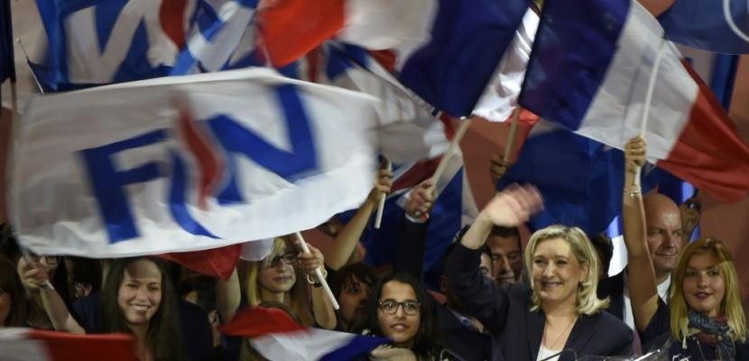 Marine Le Pen accélère le tempo dans sa campagne