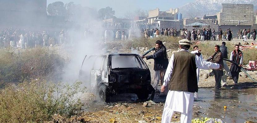 Pakistan: 20 morts dans un attentat sur un marché (