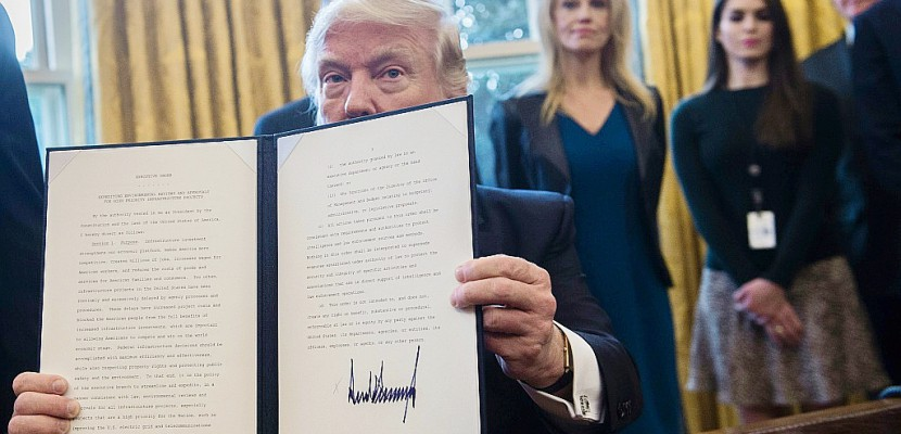 Trump relance le projet d'oléoduc Keystone XL, rejeté par Obama