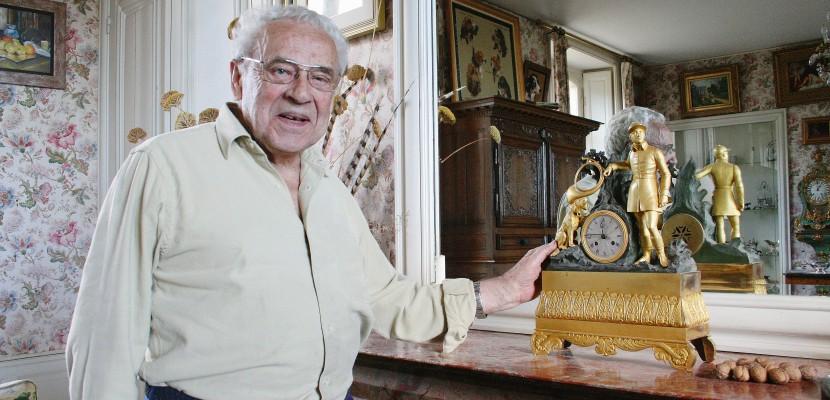 Détournements de fonds publics : l'ancien président de région, René Garrec, mis en examen