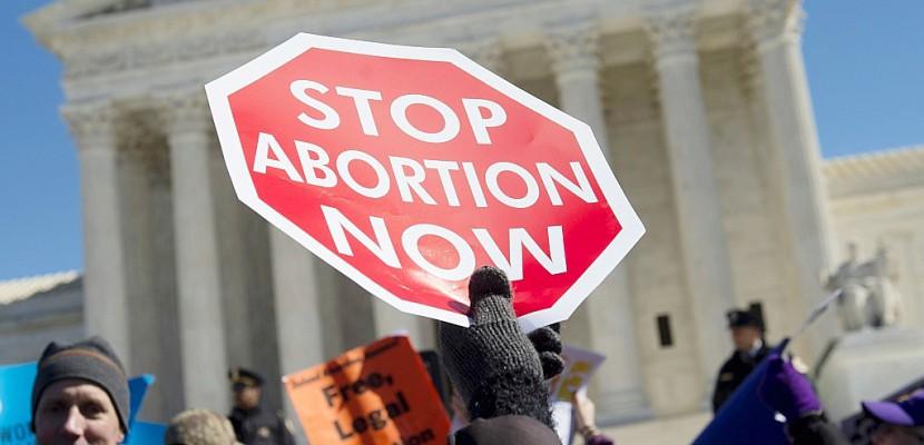 Etats-Unis: les militants anti-avortement défilent à  Washington
