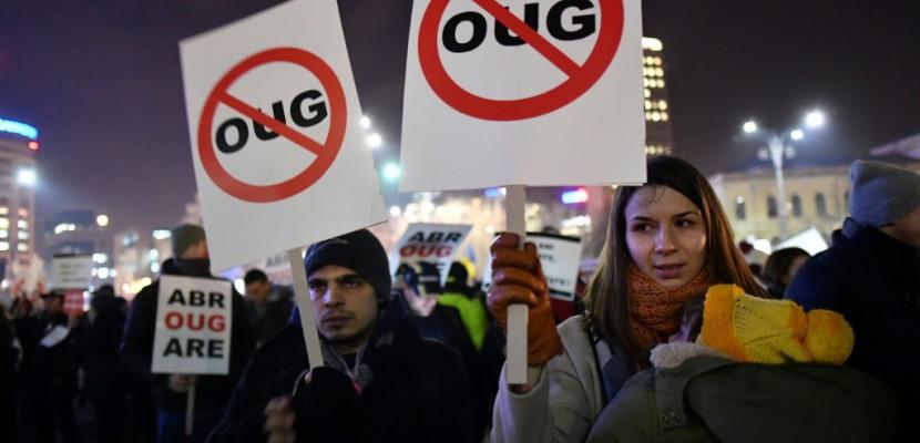 Roumanie: les protestataires ont rendez-vous devant le parlement