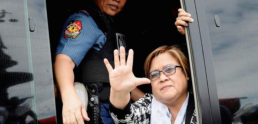 Philippines: la principale opposante de Duterte arrêtée