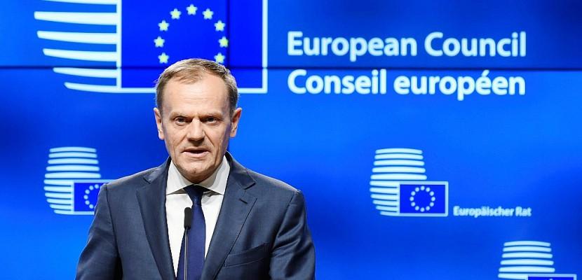 UE: la réélection de Tusk empoisonne un sommet à Bruxelles