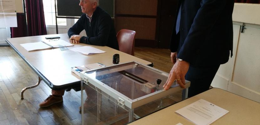 Présidentielle, premier tour : Macron et Fillon en tête dans le Calvados