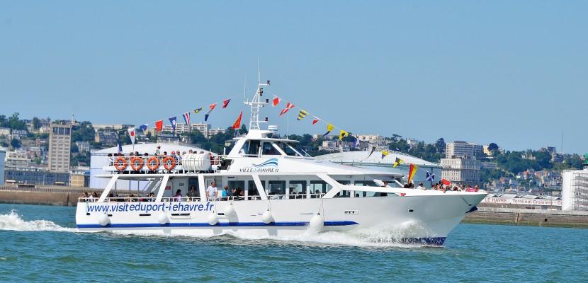 Retour de la navette maritime entre le havre et trouville deauville - Deauville office de tourisme ...
