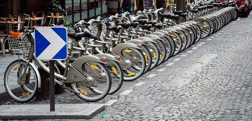 Vélib': revers en chaîne pour JCDecaux à Paris