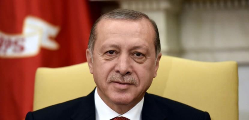 Turquie: Erdogan redevient dimanche chef du parti au pouvoir