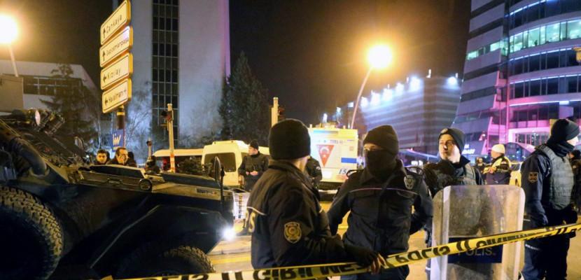 Turquie: deux hommes qui planifiaient un attentat abattus