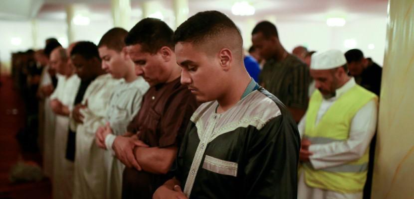 A Stains, un ramadan en mode débrouille avant la réouverture de la mosquée