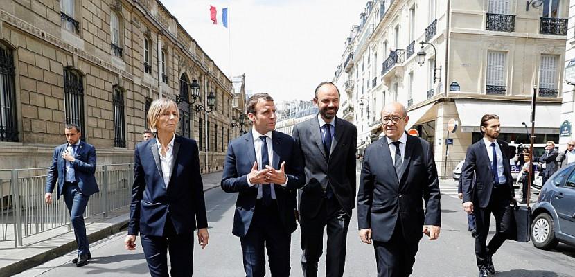 Le camp Macron attaqué sur l'exigence de probité