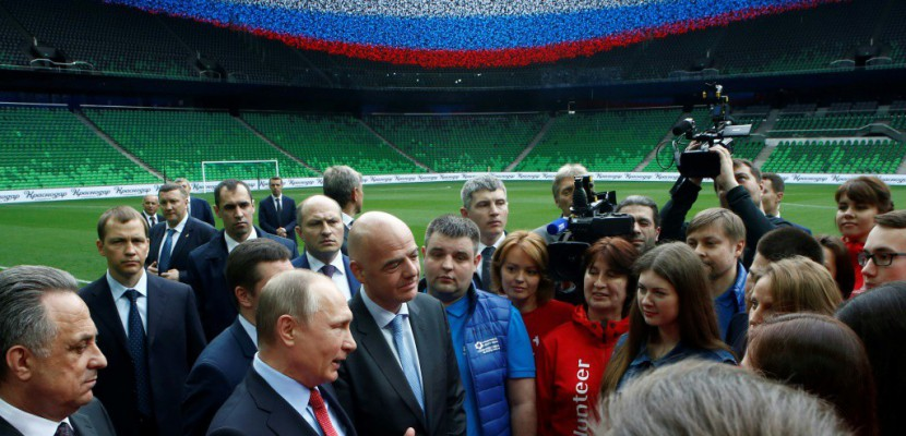 A un an du Mondial-2018 en Russie, quelques retards et des interrogations