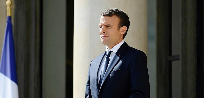 Législatives: pour Macron, canaliser la force de la vague