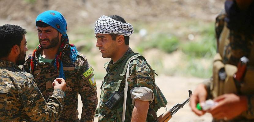 Syrie: féroces combats aux portes de la vieille ville de Raqa