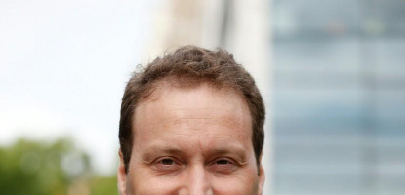Premiers pas à l'Assemblée pour Sylvain Maillard, nouvel élu REM