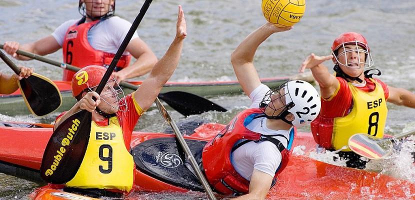 Thury-Harcourt, capitale du kayak-polo le temps d'un week-end