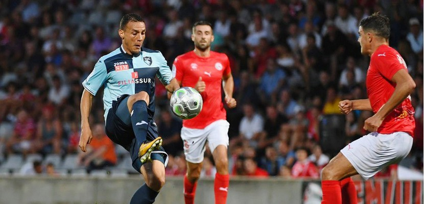 Football (Ligue 2, 5e journée) : Le Havre redescend de son nuage à Nîmes