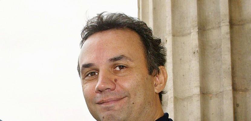 L'Élysée tente de muscler sa com en nommant Bruno Roger-Petit porte-parole