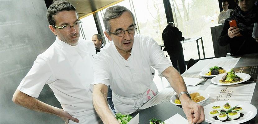 """Las de la """"pression"""", le chef trois étoiles Sébastien Bras veut sortir du Michelin"""