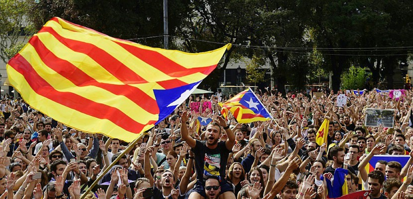 Catalogne: quels scénarios après le référendum?