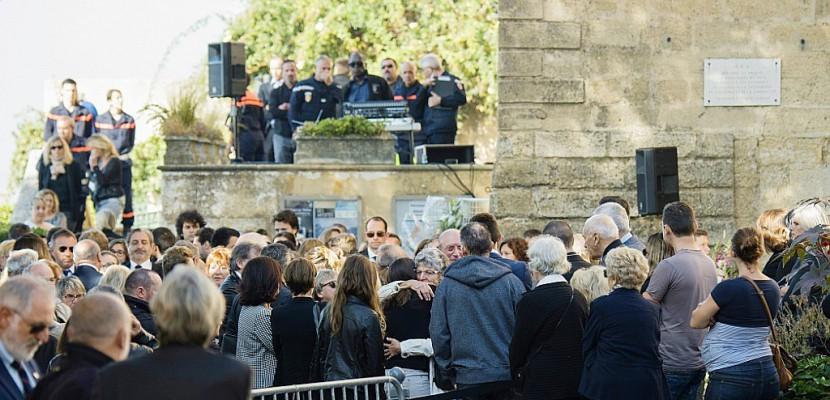 Aux obsèques des étudiantes tuées à Marseille,
