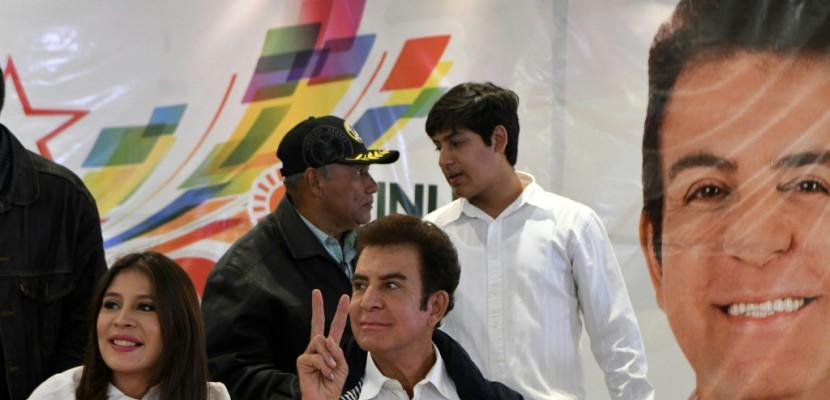 Honduras: présidentielle contestée, les deux principaux candidats crient victoire