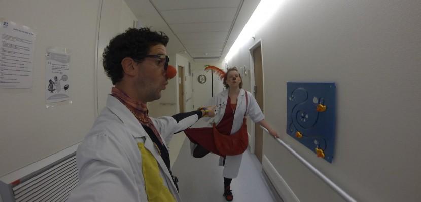 Le Havre: des clowns à l'hôpital