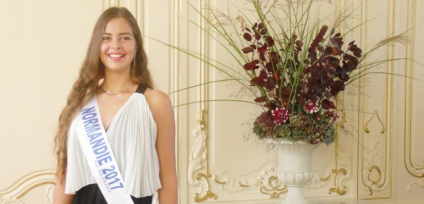 """Miss Normandie """"sans pression"""" avant Miss France 2018"""