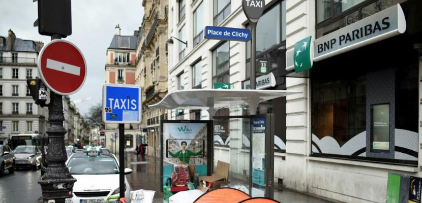 """""""Plus personne dans les rues"""": l'""""impossible"""" promesse de Macron"""