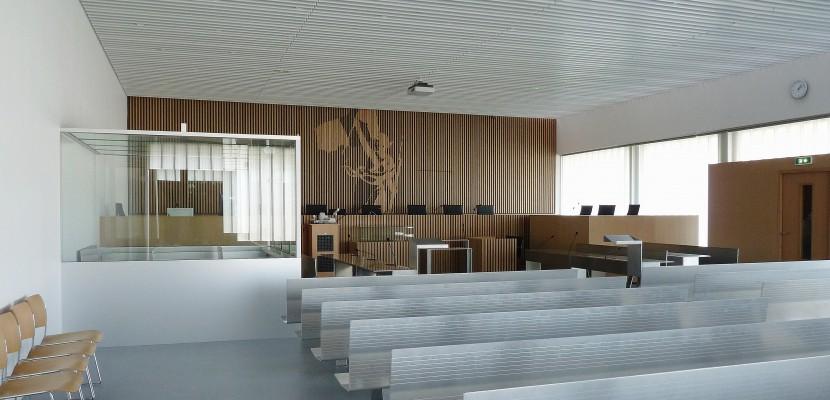 condamnation du g rant d 39 une soci t de r novation de l 39 habitat. Black Bedroom Furniture Sets. Home Design Ideas