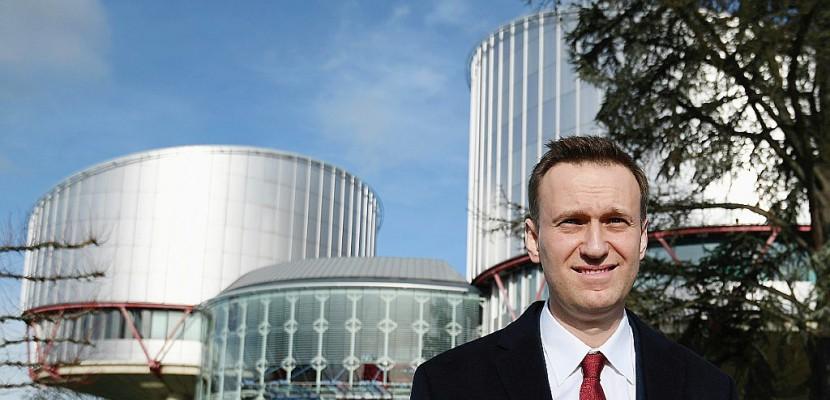 """Russie: Navalny appelle à dénoncer une """"supercherie"""""""