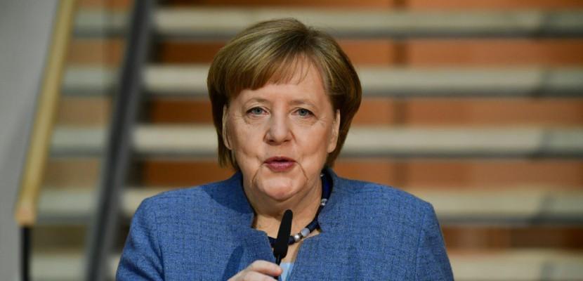 """Dernières négociations """"difficiles"""" pour sortir de l'imbroglio allemand"""
