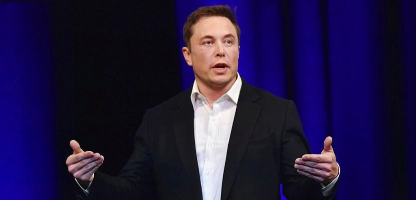 Elon Musk, roi des énergies renouvelables et bientôt de l'espace