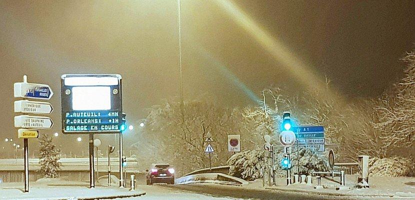 Des chutes de neige exceptionnelles sèment la pagaille dans les transports