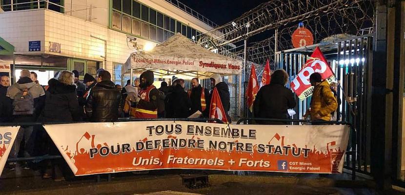 Social :une des entrées dela centrale de Paluel bloquée par des manifestants