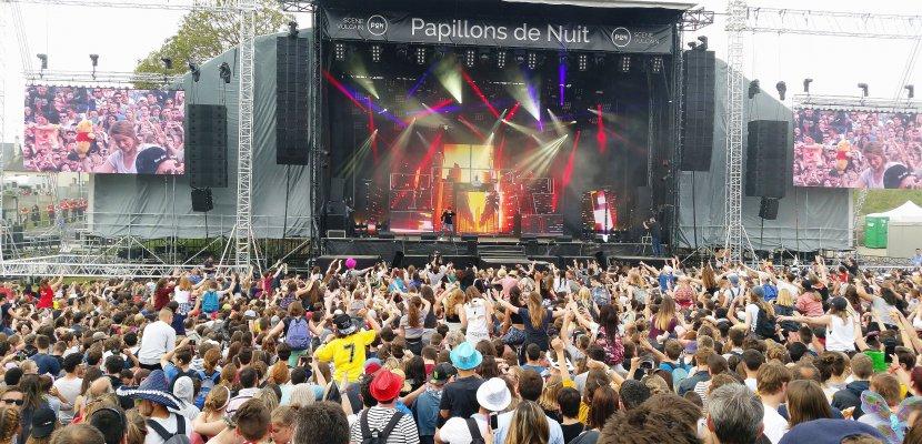 Bertrand Cantat à Papillons de Nuit: la Manche retireson soutien financier