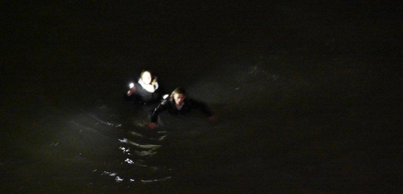 Sauvés de la noyade dans une eau à 7° sur une plage de Normandie