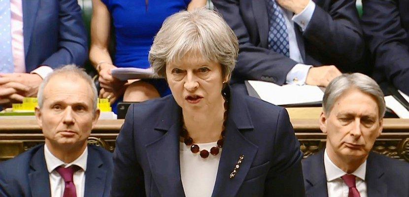 """Londres expulse 23 diplomates russes, Moscou dénonce une """"provocation grossière"""""""