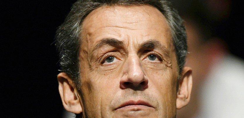 """Sarkozy renvoyé en procès pour """"corruption"""" dans l'affaire des écoutes"""